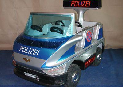 """ Polizei – Van """